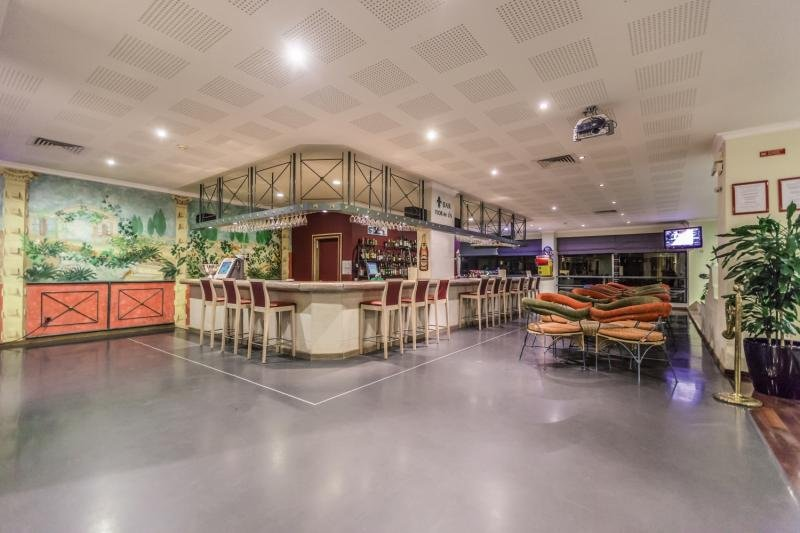 Santa Eulalia Hotel Apartamento &Spa Bar