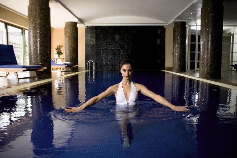 Amora Jamison Sydney Pool