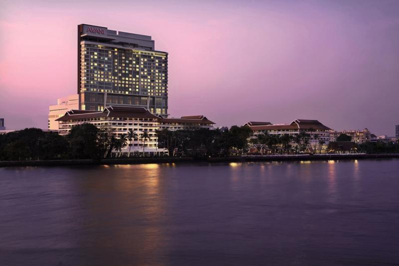 Anantara Bangkok Riverside Resort & Spa Außenaufnahme