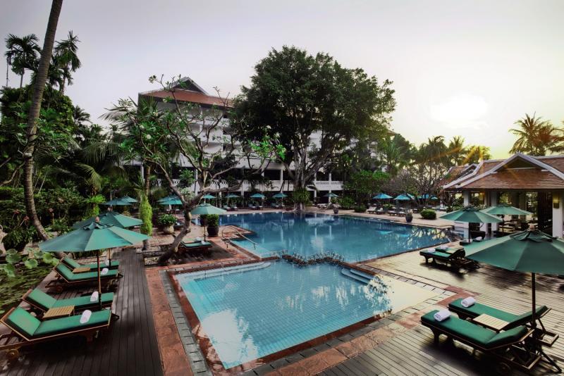 Anantara Bangkok Riverside Resort & Spa Pool