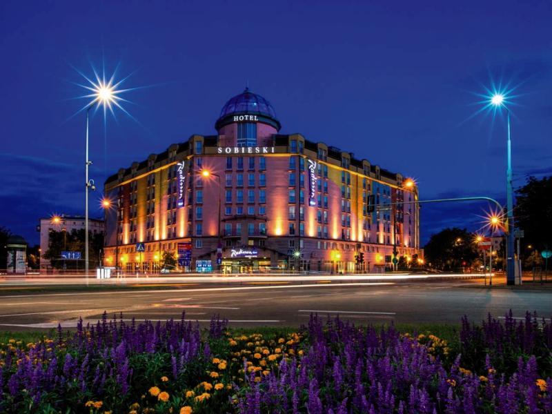 Radisson Blu Sobieski Hotel Warsaw Außenaufnahme