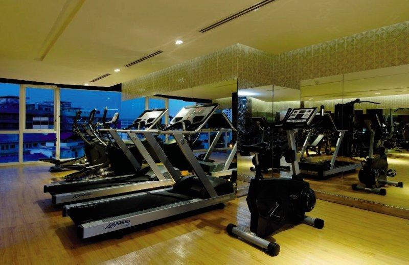 Centara Nova Hotel & Spa PattayaSport und Freizeit