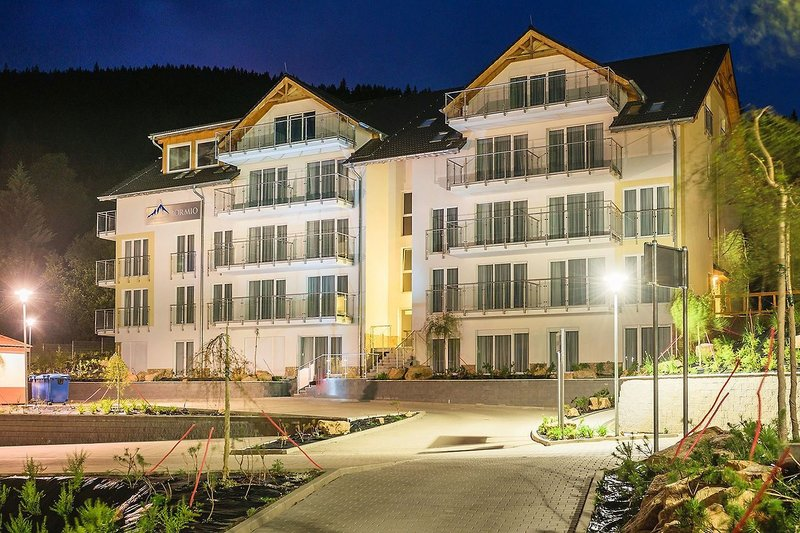Aparthotel & Apartments Czarna Gora Außenaufnahme