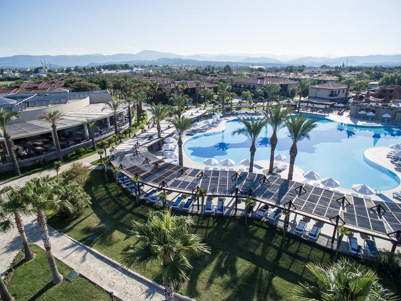 TUI BLUE Palm Garden Außenaufnahme