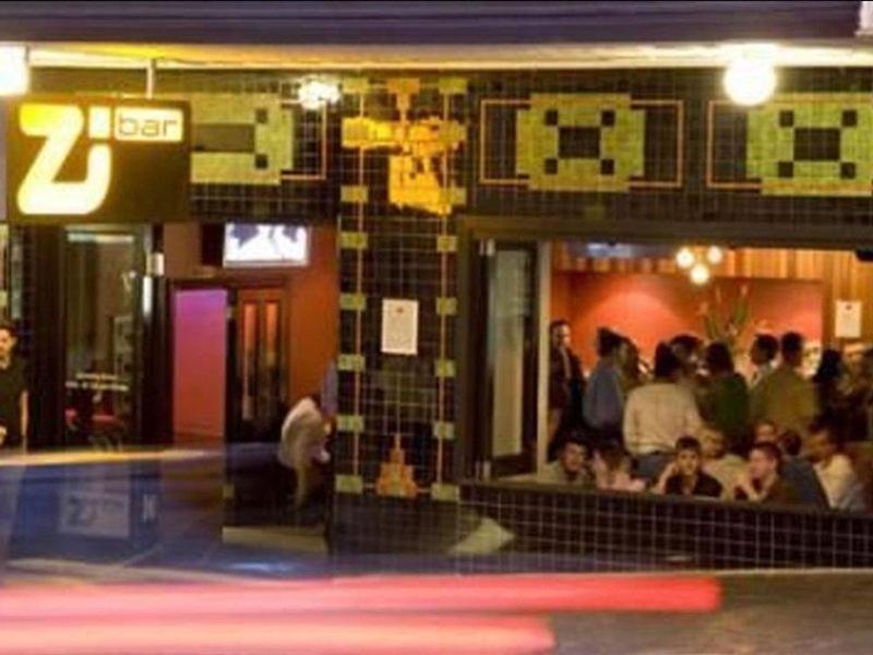 Nomads Brisbane Hostel Lounge/Empfang