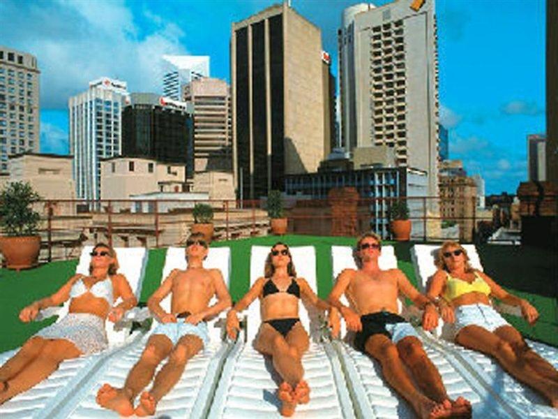 Nomads Brisbane Hostel Personen