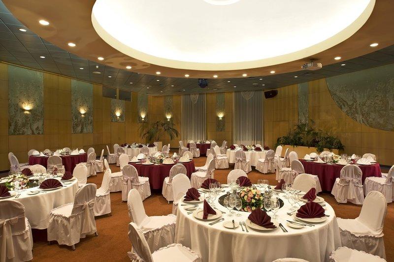 Danubius Health Spa Resort Helia Restaurant
