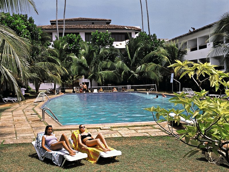 Koggala Village Club Pool