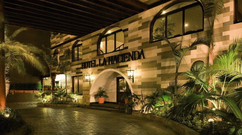 La Hacienda Miraflores Außenaufnahme