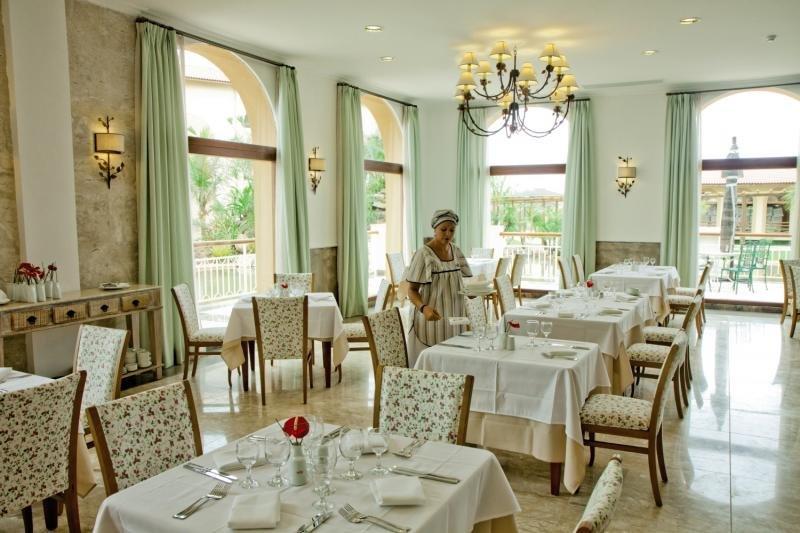 Grand Palladium Imbassai Resort & Spa Restaurant
