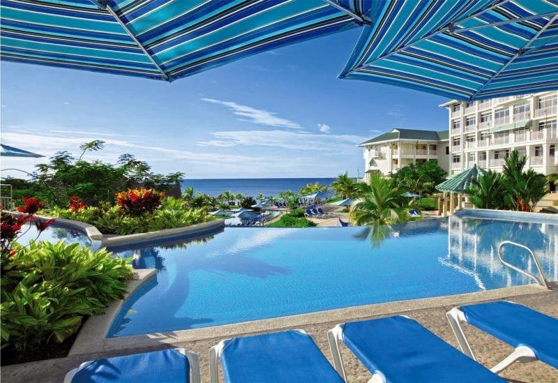Sheraton Bijao Beach Resort Pool