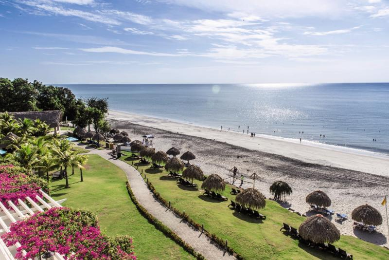 Sheraton Bijao Beach Resort Strand