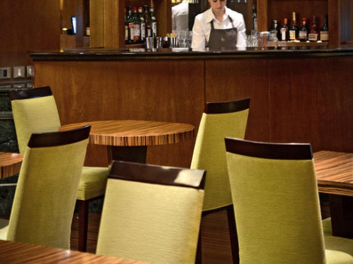 Iruna Bar