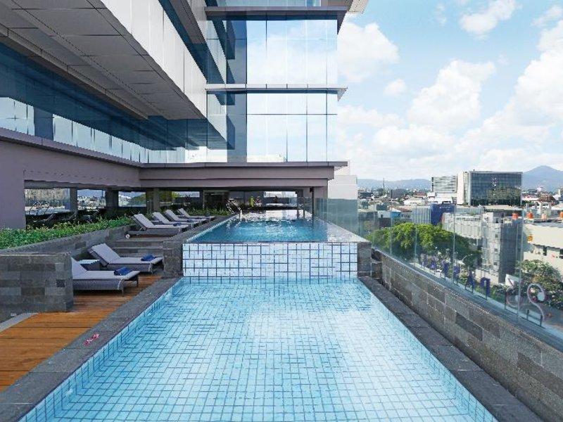 YELLO Paskal Bandung Pool