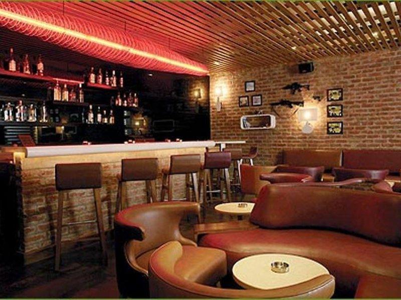 Lemon Tree Udyog Vihar Restaurant
