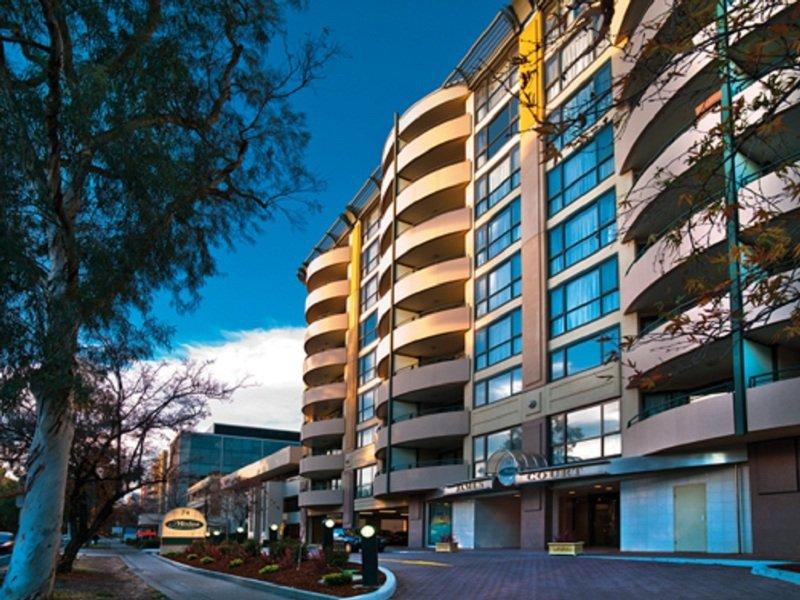 Medina Serviced Apartments Canberra James Court Außenaufnahme