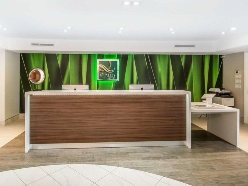 Quality Inn & Suites by the Parks Wellness