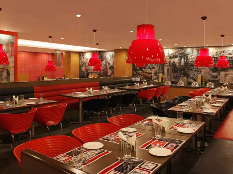Red Fox Hotel Delhi Airport Restaurant