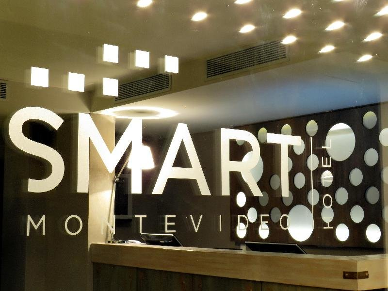 Smart Hotel Montevideo Außenaufnahme