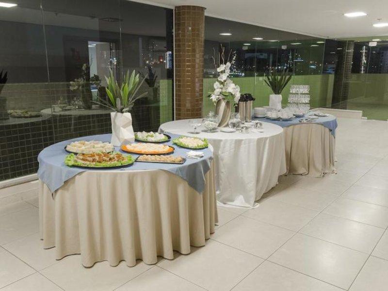 Hotel Express Vieiralves Restaurant
