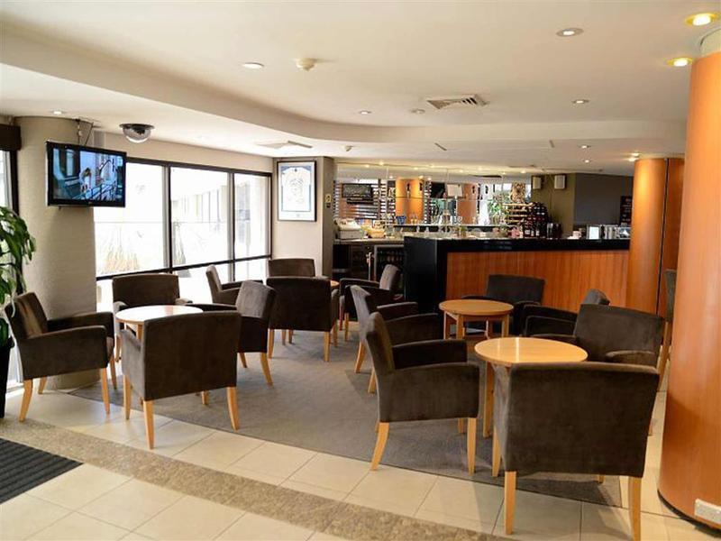 Mercure Penrith - Chifley Penrith Panthers Bar