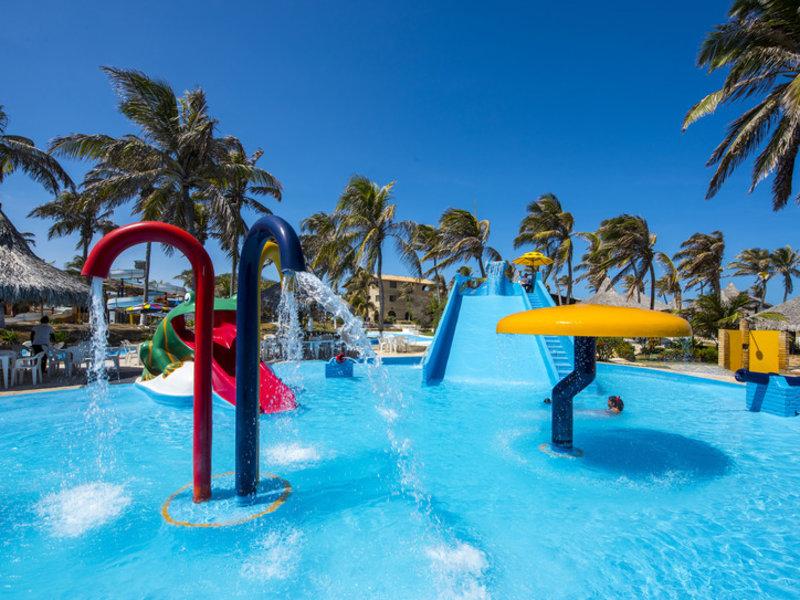 Parque das Fontes  Pool