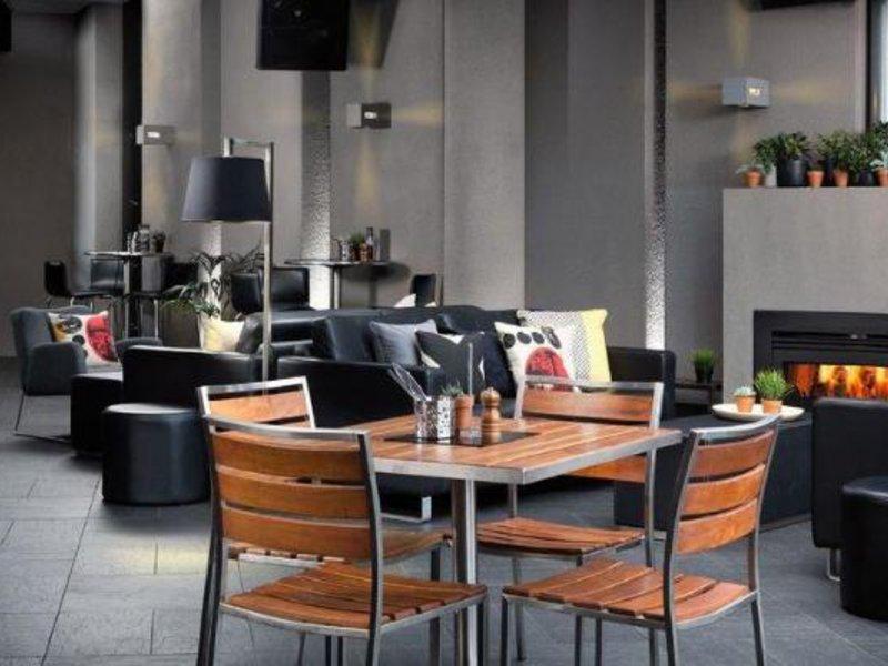 Atura Dandenong Lounge/Empfang