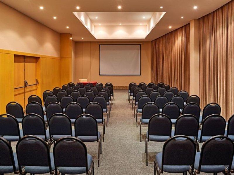 Mercure Botafogo Mourisco Konferenzraum