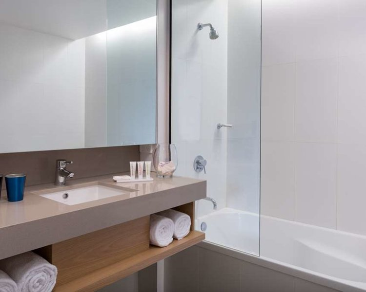 Atura Dandenong Badezimmer
