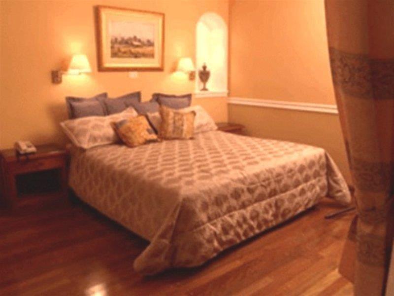 Premier Hill Hotel Suites Wohnbeispiel