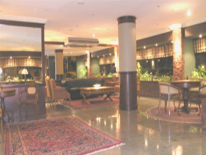 Premier Hill Hotel Suites Lounge/Empfang