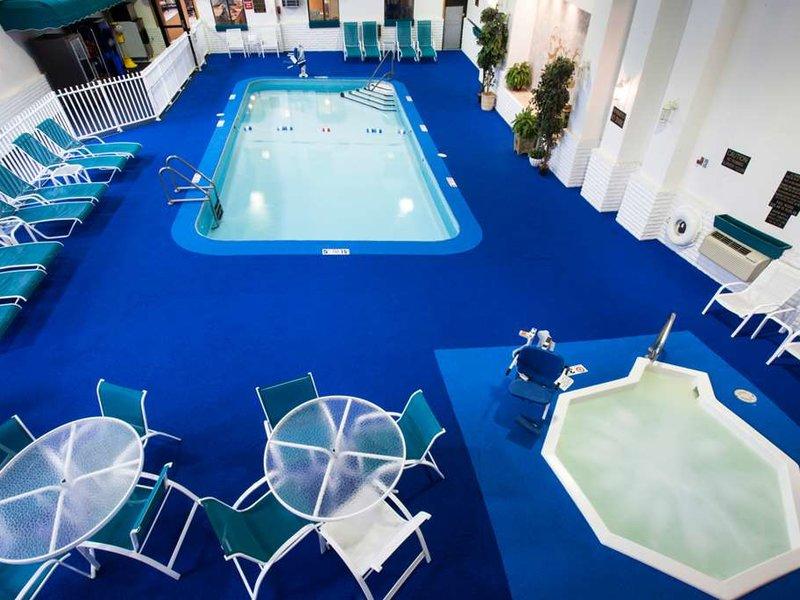 Baymont Inn & Suites Keystone Near Mt. Rushmore Pool