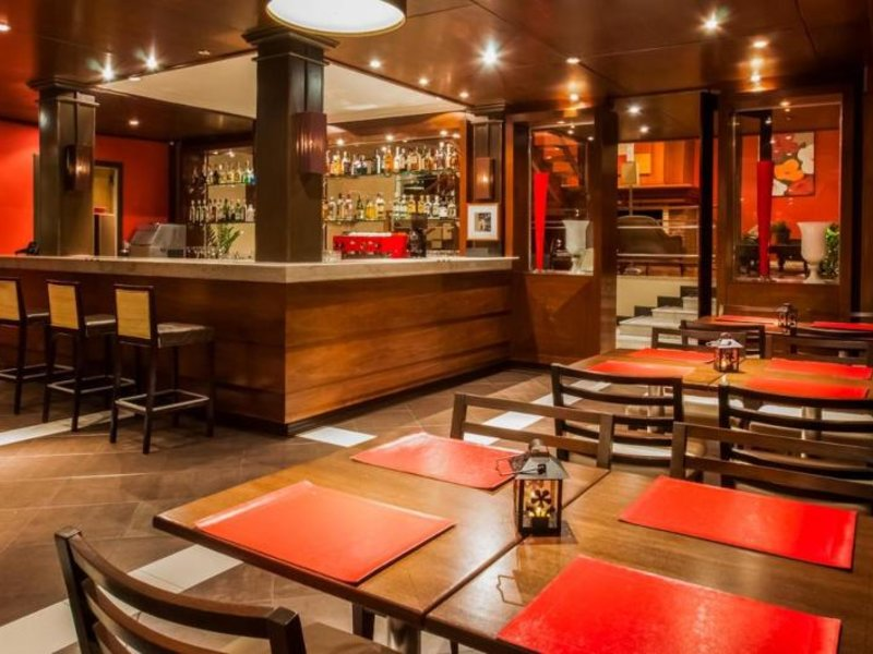 Wish Serrano Resort & Convention Bar