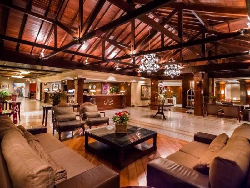 Wish Serrano Resort & Convention Lounge/Empfang