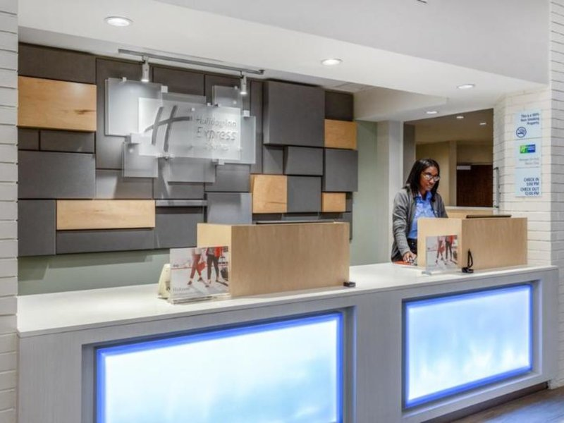 Holiday Inn Express Hotel & Suites Chicago-Midway Airport Hallenbad