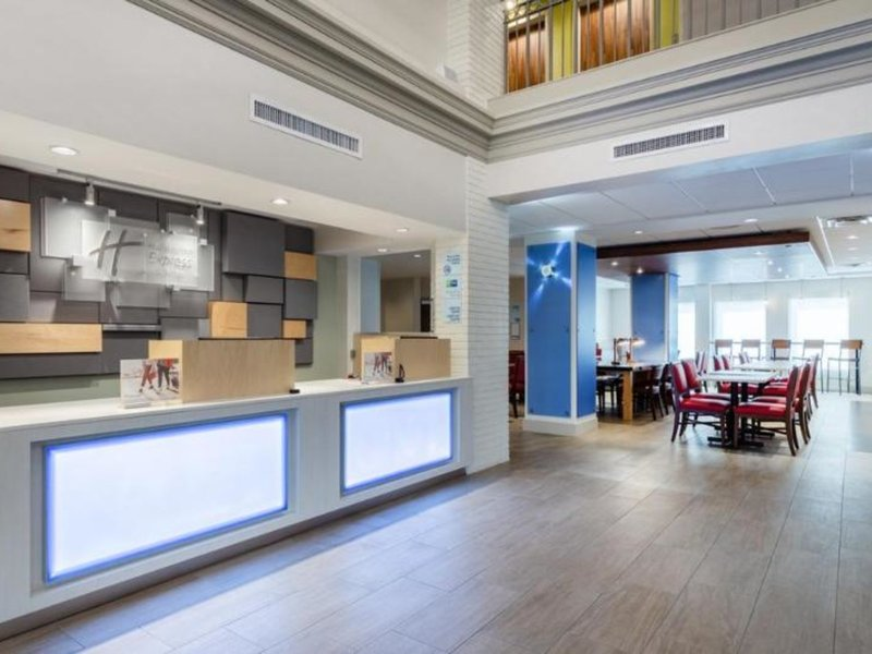 Holiday Inn Express Hotel & Suites Chicago-Midway Airport Lounge/Empfang