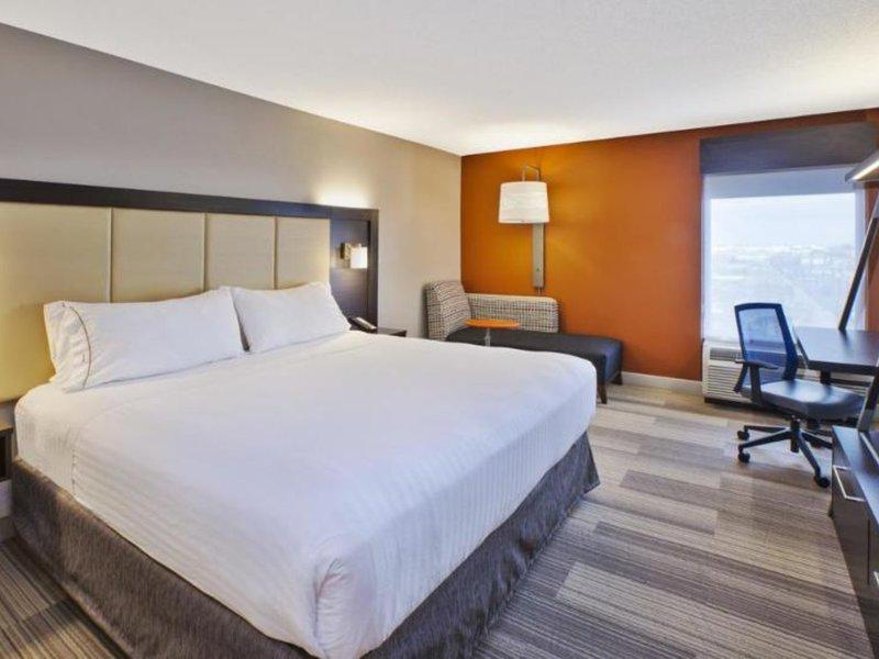Holiday Inn Express Hotel & Suites Chicago-Midway Airport Wohnbeispiel