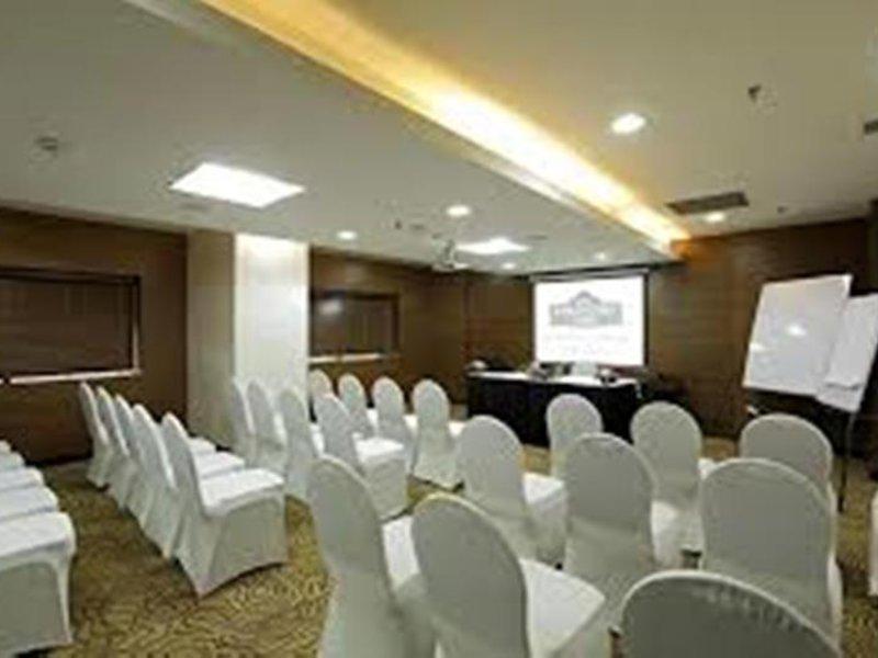 Country Inn By Carlson Delhi Saket Konferenzraum