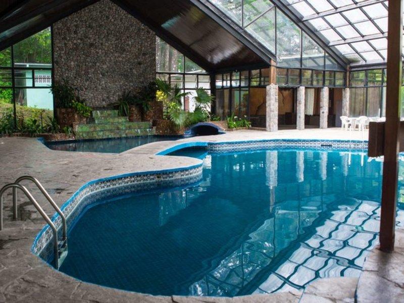Bambito Hotel & Resort Pool
