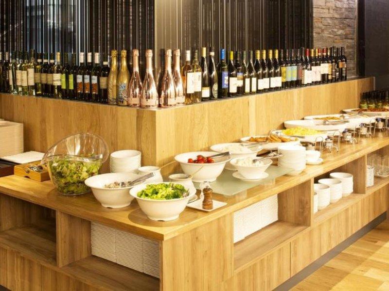 Hotel Mystays Gotanda Station Restaurant