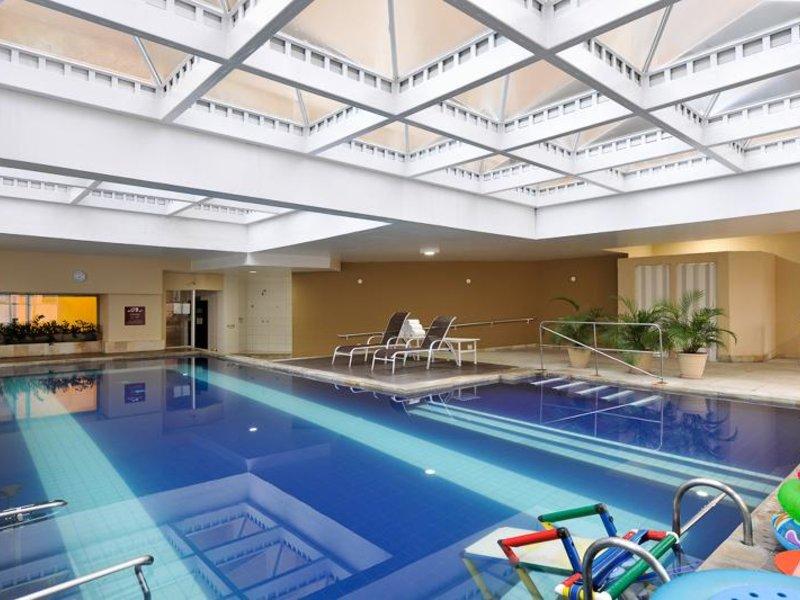 Radisson Hotel Alphaville Pool