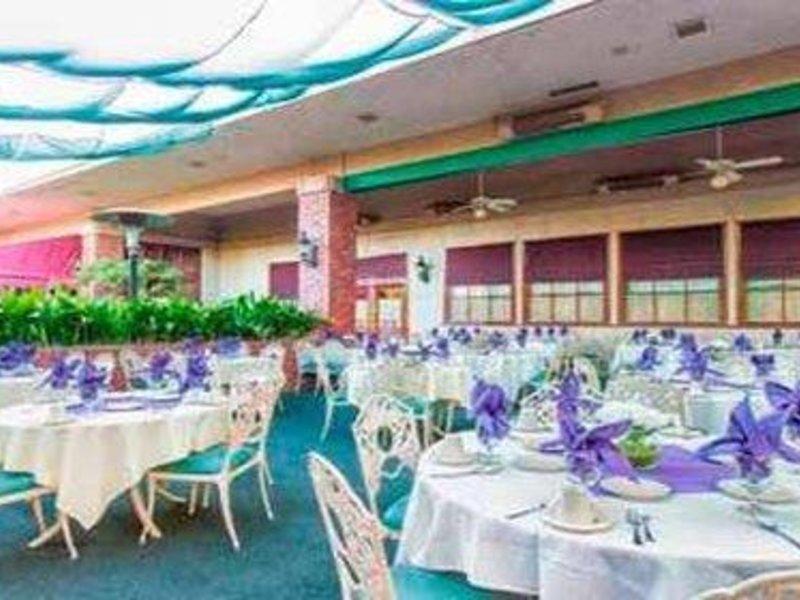 Piccadilly Inn Shaw Restaurant