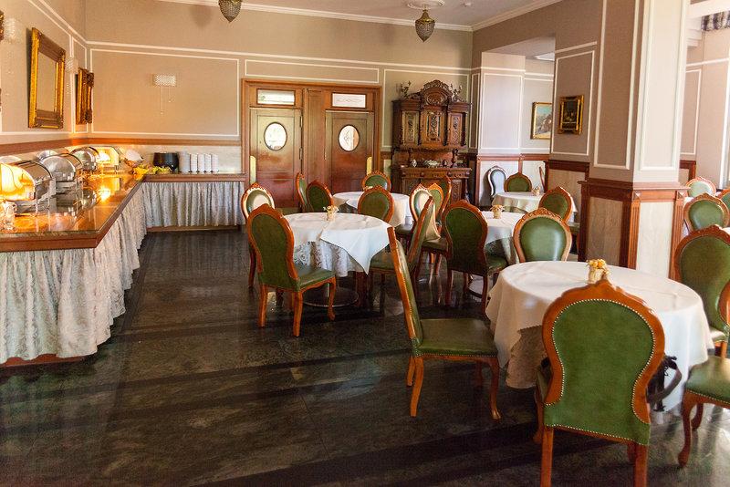 Irys Restaurant