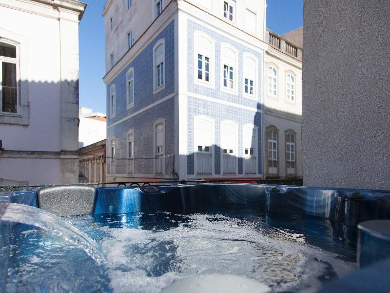 Aveiro City Lodge Pool