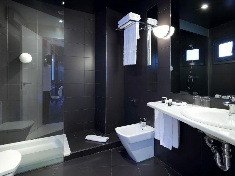 Exe Hotel El Magistral Badezimmer