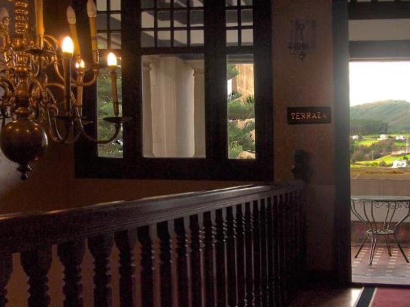 Hotel & Apartments & Palacio Arias Terrasse