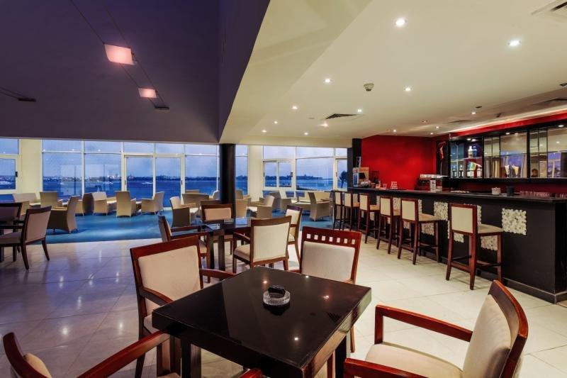Cleopatra Luxury Beach Resort - Erwachsenenhotel Bar