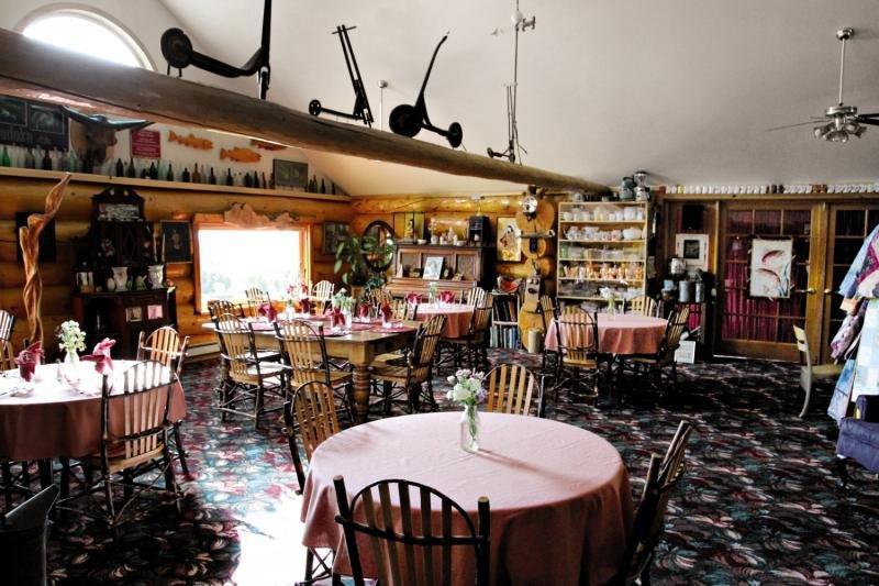 A Taste Of Alaska Lodge Restaurant