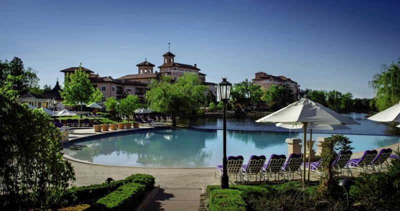 The Broadmoor Pool