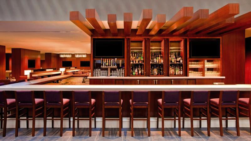 The Westin Peachtree Plaza Bar